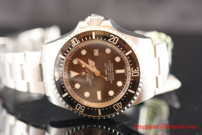 Rolex Sea Dweller Mens Automatic Stainless Steel 116660-98210