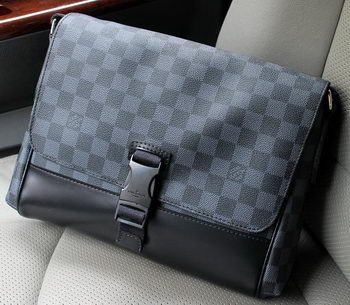 Louis Vuitton Damier Graphite Canvas Messenger PM Bag N41457