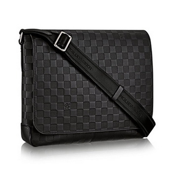 Louis Vuitton Damier Infini Leather District MM N41284 Onyx