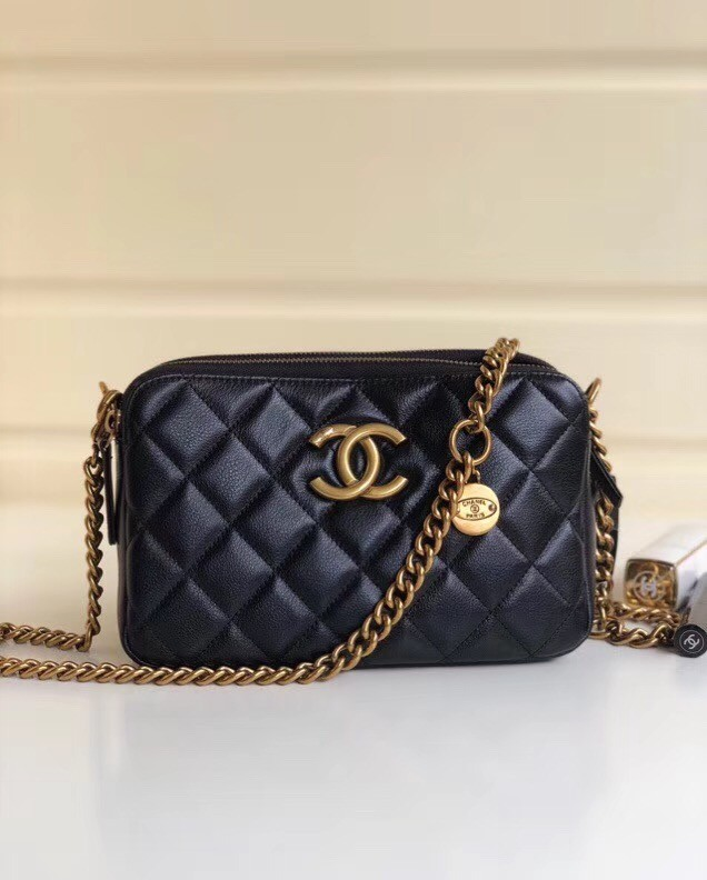 Chanel classic clutch with chain A94105 black