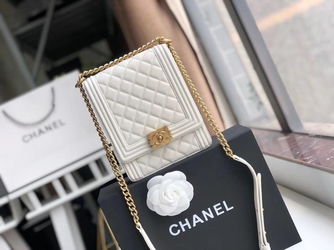 Boy chanel handbag Grained Calfskin & Gold-Tone Metal AS0130 white