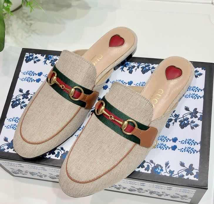 Gucci Shoes 36959