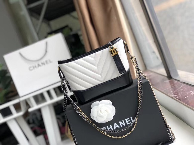 Chanel gabrielle small hobo bag A91810 black&white