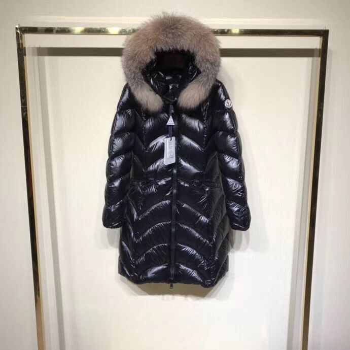 Moncler Top Quality Women Down Coat M85169 Black