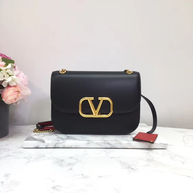 VALENTINO VLOCK Origianl leather shoulder bag 2222 black