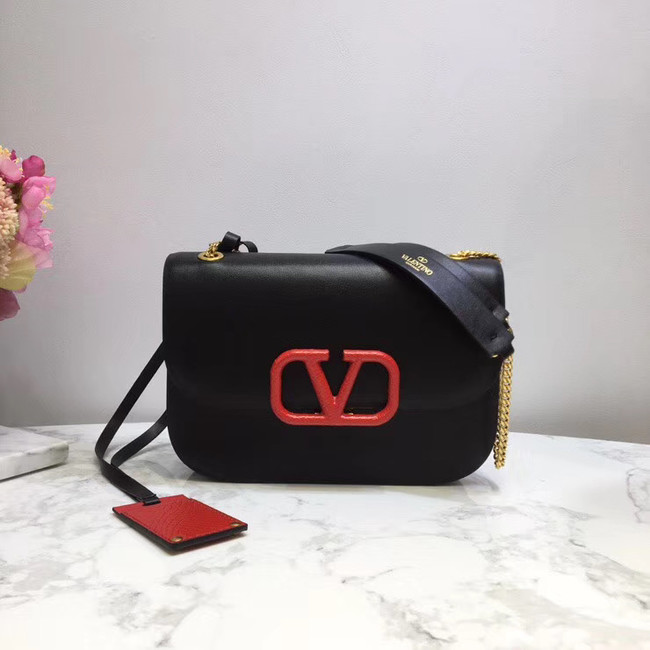 VALENTINO VLOCK Origianl leather shoulder bag 2424 black