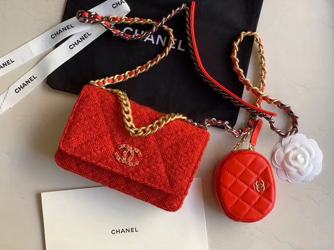 CHANEL 19 Flap Bag WOC 33817 red