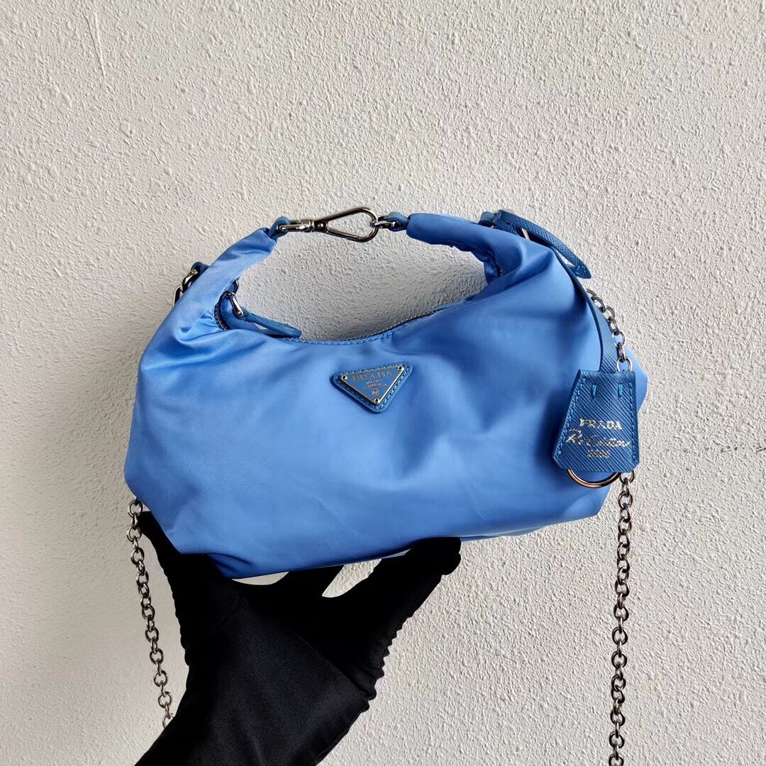 Prada Re-Edition 2005 nylon shoulder bag 1BH172 blue