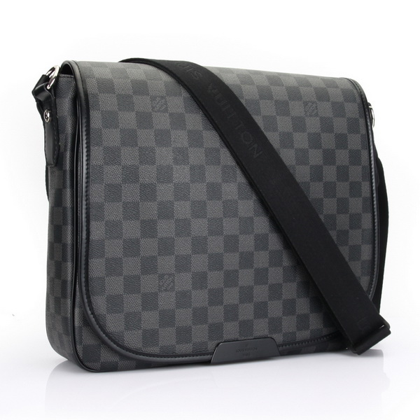 Louis Vuitton Damier Graphite Canvas Daniel MM N58029